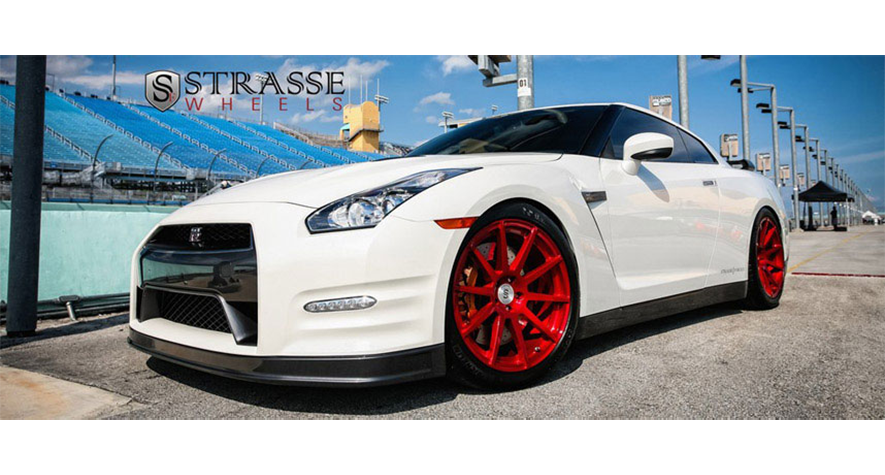 slider-nissan-gtr-red-wheels