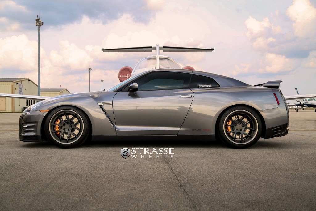 GTR Airport Shoot (5 of 23)